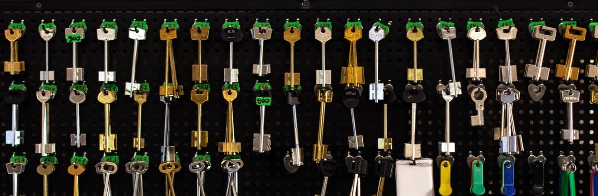 Изготовим запасной ключ